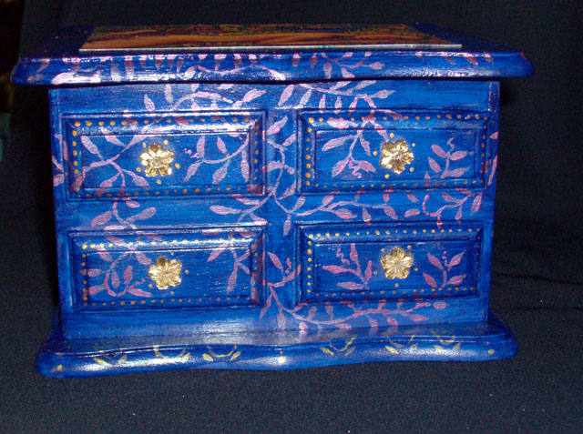 Jewelry Box With Woman & Spring