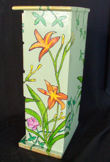 Mini Chest w/ Tiger Lilies